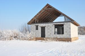 What-Should-I-Do-When-My-Custom-Home-is-Building-Too-Slowly__.jpg